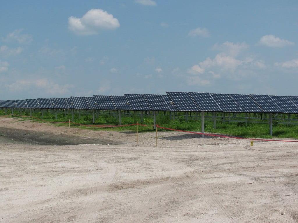 solar-panel-installation-1365x1024-1024x768