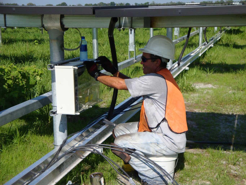 solar-panel-naples-fl-1365x1024